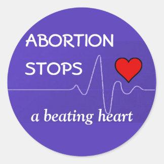 El aborto para un corazón de derrota pegatina redonda