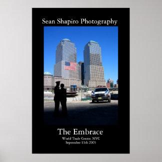 El abrazo - 9/11 monumento póster