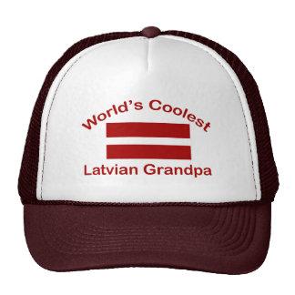 El abuelo letón más fresco del mundo gorros