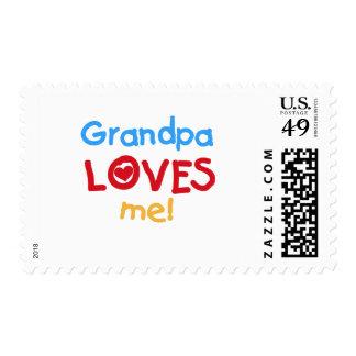 El abuelo me ama las camisetas y los regalos sellos postales