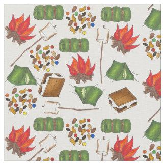 El acampar caminando la tela del campo de maderas telas