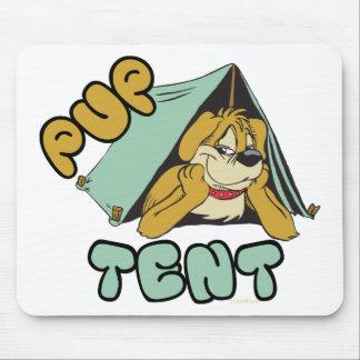 El acampar de la tienda de perrito tapete de raton