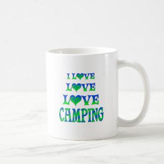 El acampar del amor del amor tazas de café