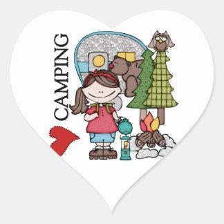 El acampar del amor del chica I del pelo de Brown Colcomanias Corazon Personalizadas