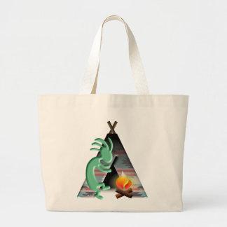El acampar del tipi del nativo americano de bolsas
