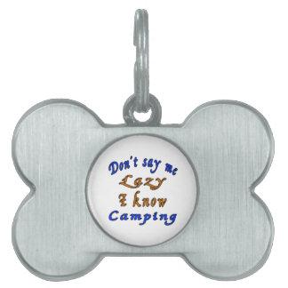 El acampar. Diseños Placa De Mascota