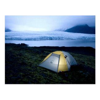 El acampar en Islandia Postal