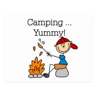 El acampar es camisetas y regalos deliciosos postal