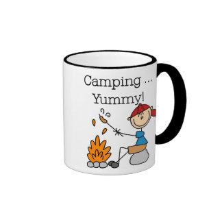 El acampar es delicioso taza