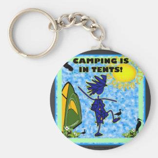El acampar está en diseño de las tiendas llavero redondo tipo pin