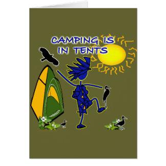 El acampar está (intenso) en tiendas tarjeta de felicitación