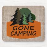 El acampar ido alfombrilla de ratón