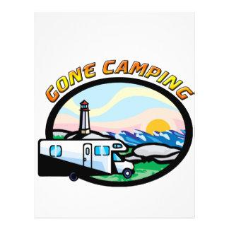 El acampar ido tarjetones