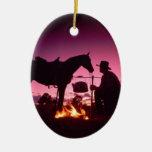 El acampar salvaje del oeste ornamentos de navidad