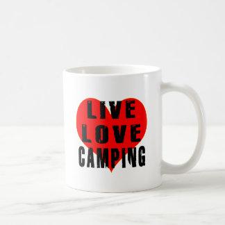 El acampar vivo del amor tazas de café