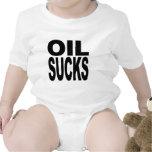 El aceite chupa traje de bebé