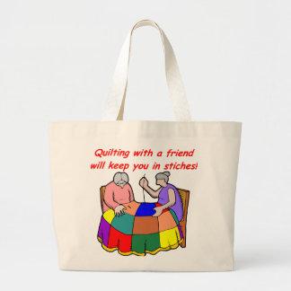 El acolchar con un amigo bolsa