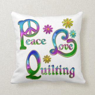 El acolchar del amor de la paz almohada