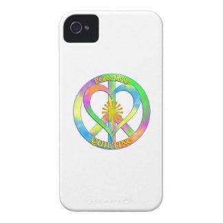 El acolchar del amor de la paz funda para iPhone 4 de Case-Mate