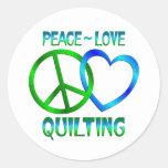El ACOLCHAR del amor de la paz Pegatinas Redondas
