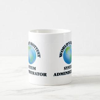 El administrador del sistema más caliente del taza de café