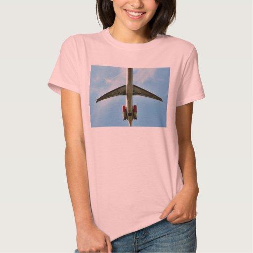 El aeroplano grande saca t shirt
