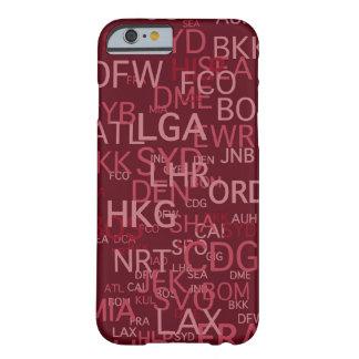 El aeropuerto de la Tres-Letra cifra rojo Funda De iPhone 6 Barely There
