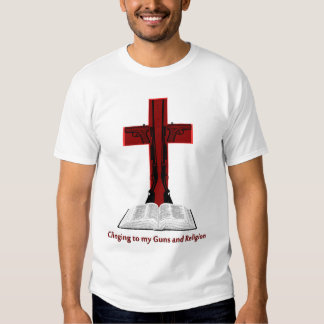 El aferrarse en mis armas y religión camisas