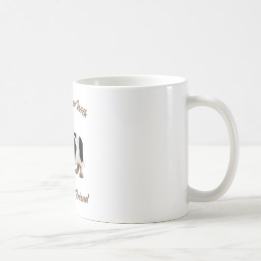 El afloramiento comparte una cerveza tazas de café