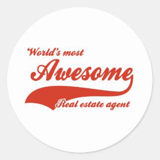 El agente inmobiliario más impresionante del mundo pegatina redonda