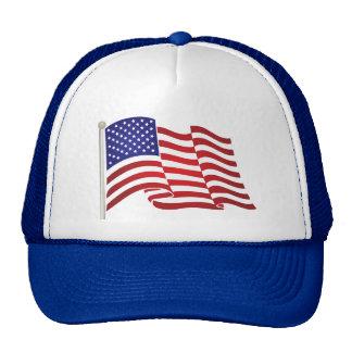 El agitar de la bandera de los E.E.U.U. Gorras De Camionero