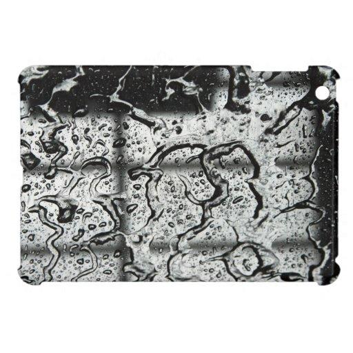 El agua cae el mini caso del iPad