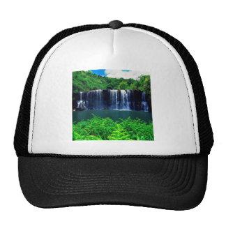 El agua recluida cae Kauai Gorras