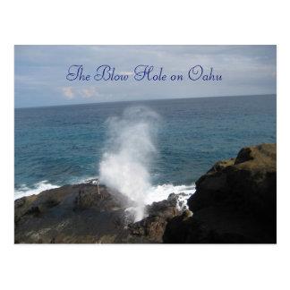 El agujero del soplo en la postal de Oahu