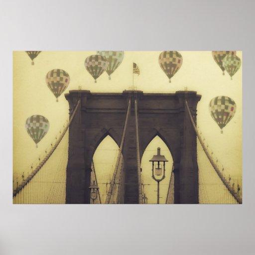 El aire caliente del puente de Brooklyn hincha el  Posters