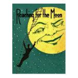 El alcanzar para la postal de la luna