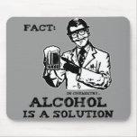 El alcohol es una solución en la química retra alfombrilla de ratones