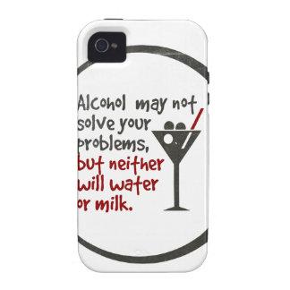 El alcohol puede no solucionar sus problemas pero iPhone 4/4S fundas