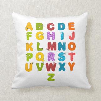 El alfabeto de los niños cojines