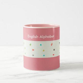 """El alfabeto inglés para los niños """"asalta """" #2 taza dos tonos"""