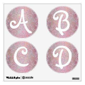 El alfabeto pone letras al damasco A femenina, B,