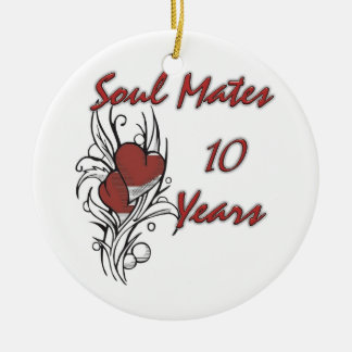 El alma acopla 10 años adorno navideño redondo de cerámica