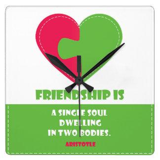 El alma y el cuerpo de la amistad una cita reloj cuadrado