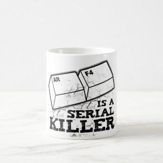 El Alt F4 es un asesino en serie Taza