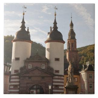 El Alte Brucke en la ciudad vieja, Heidelberg, Ale Tejas Cerámicas