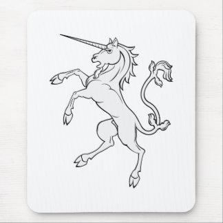 El alzarse/que se coloca del unicornio mouse pads