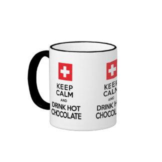 El amante del chocolate guarda el chocolate calien taza a dos colores