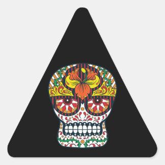 El amarillo anaranjado florece el cráneo mexicano pegatina triangular