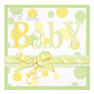 El amarillo de la menta del bebé puntea la fiesta anuncio