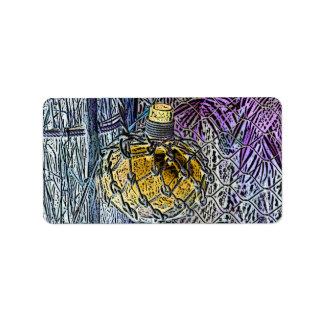 el amarillo púrpura de la botella de cristal color etiquetas de dirección